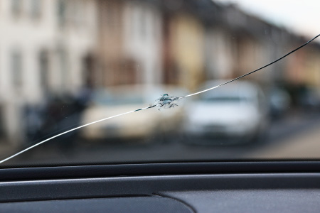 Crack car windscreen with street view